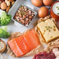 Quatre signes de carence en protéines dans votre alimentation